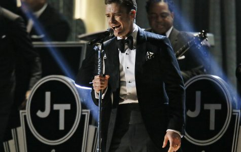 """Timberlake dazzles again with """"The 20/20 Experience"""""""