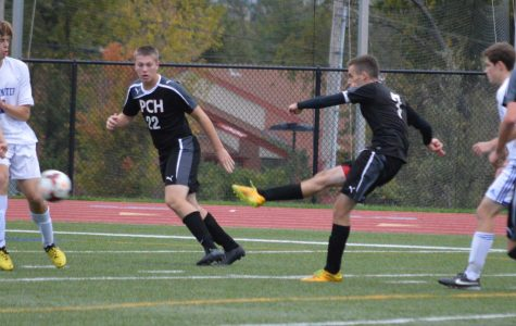 Boys Soccer Falls in OT to Parkway West in Districts