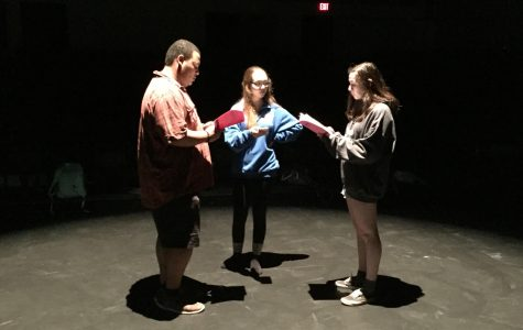 Senior One-Acts Give Actors the Ability to Go Behind the Scene