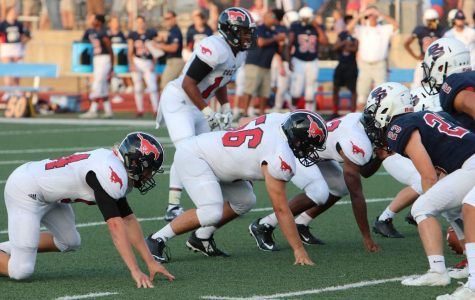 Football faces Parkway North in District Semifinals