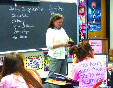 Fischer discusses The Catcher in the Rye with her sixth block class. Photo by Samaneh Ataei.