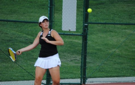 Tennis looks to improve while rebuilding