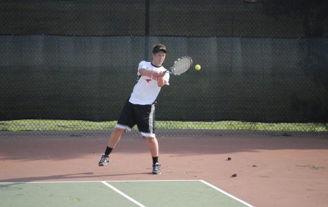 Varsity tennis rolls past Webster Groves