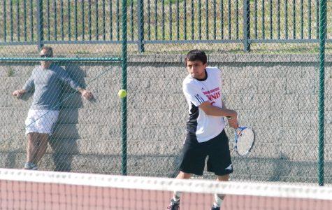 Varsity tennis falls to Eureka