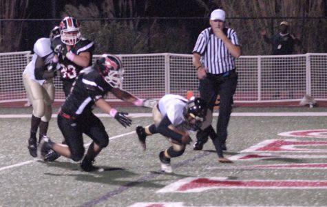Varsity football team defeats Fort Zumwalt East to win district championship