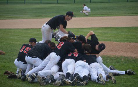 Varsity baseball wins district championship