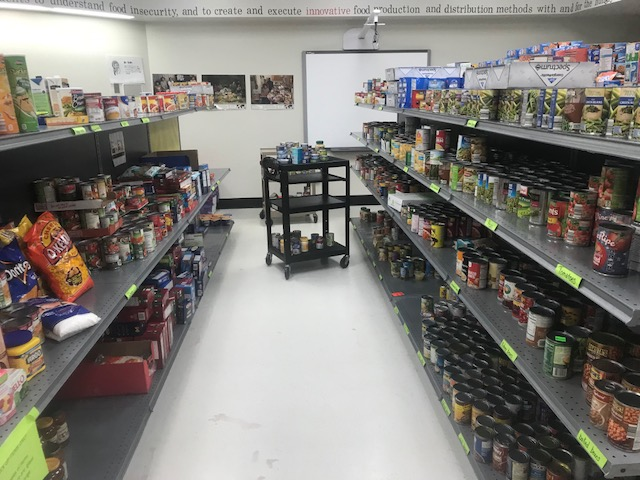 %22The+shelves+look+pretty+full%2C+right%3F+This+amount+of+food+will+fill+food+bags+for+two+weeks...+and+then+the+shelves+are+empty+again.+Your+ongoing+donations+are+vital+to+ensure+the+pantry%E2%80%99s+success%2C%E2%80%9C+Diane+Peterson+said.+Parkway+Food+Pantry+at+Northeast+Middle+on+Nov.+7%2C+2017.+