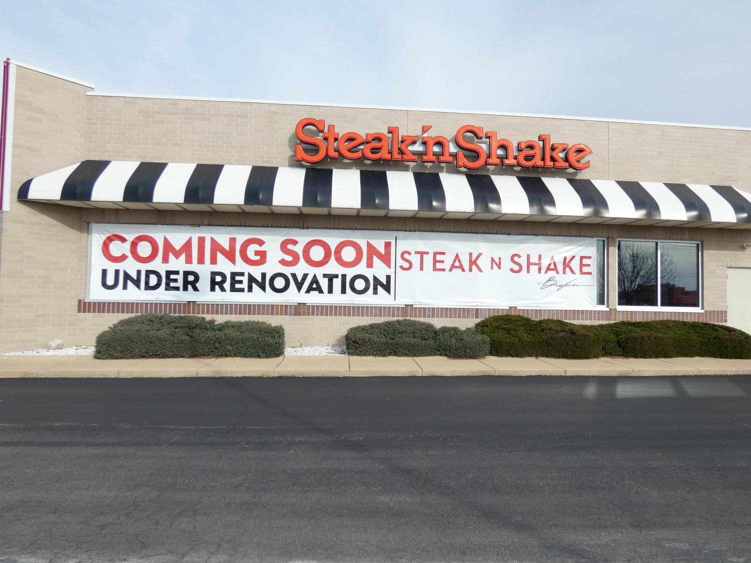 Steak 'n Shake on Chesterfield Valley, currently closed until they get a franchising partner.