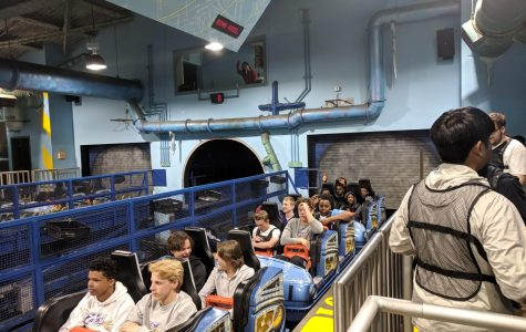 Physics and Calculus Classes go to Six Flags