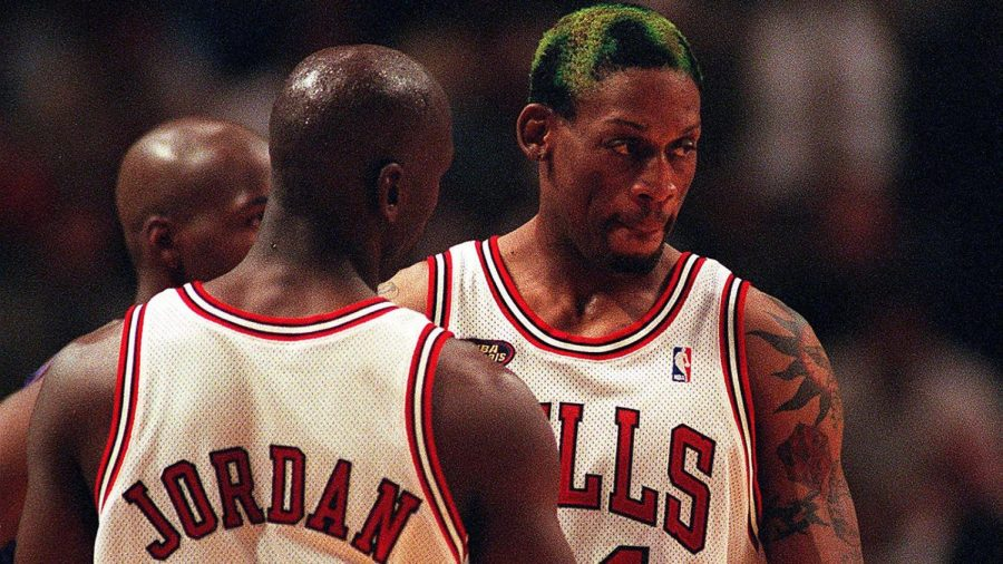 Michael Jordan with Dennis Rodman during a playoff game in 1998. (NUCCIO DINUZZO/Chicago Tribune/TNS)