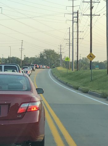 Traffic into the Parkway Central High School parking lot on a weekday morning at 7:20. Photo by Alyssa Weisenberg.